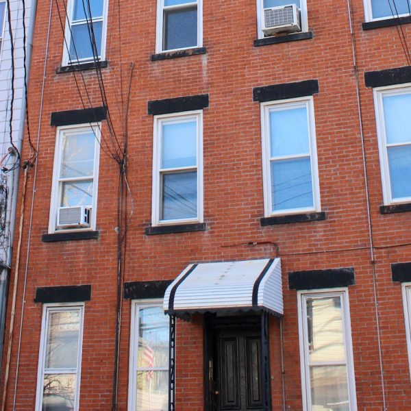 464 Monmouth #8
